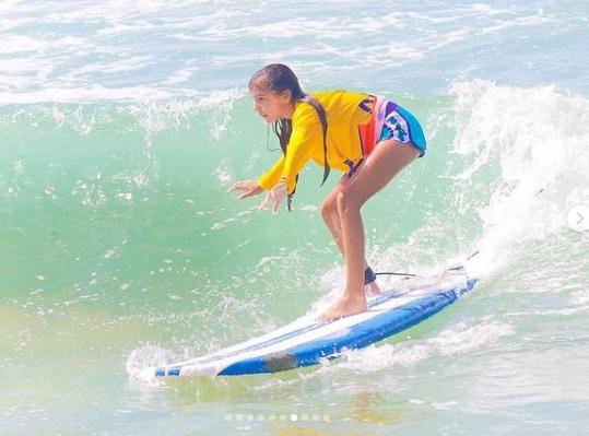 Surfea este mes de febrero con el Surfcamp de Go & Flow #ZEenacción